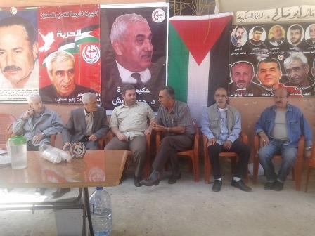 فاعليات تربوية واجتماعية وسياسية تزور خيمة التضامن مع الأسرى في مخيم عين الحلوة