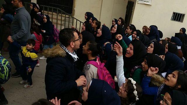 مسيرة لطلاب مدارس الأنروا في مخيم نهر البارد  تضامنًا مع القدس