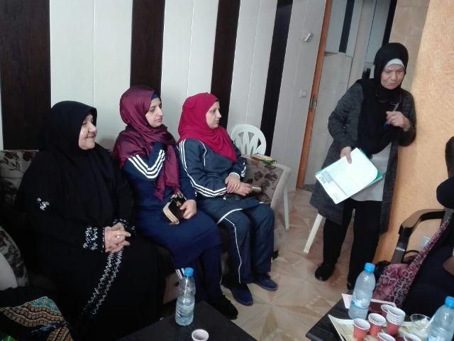 لجان المرأة الفلسطينية تنظم محاضرة صحية في مخيم البص