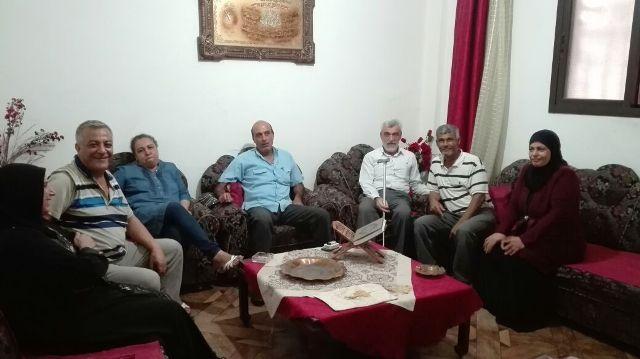 الجبهة الشعبية لتحرير فلسطين تجول على أسر شهدائها في مخيم البداوي