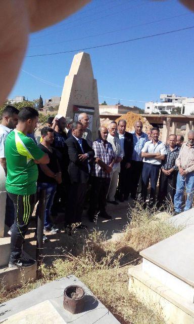 فصائل منظمة التحرير في البقاع تزور مقبرة الشهداء