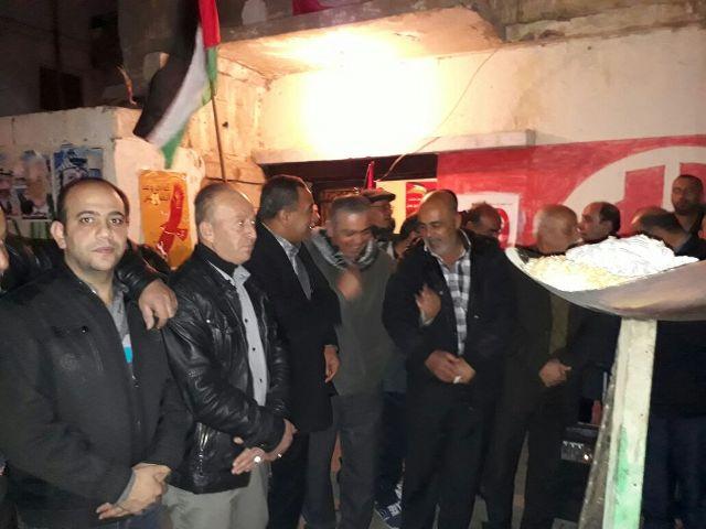 إيقاد شعلة انطلاقة الشعبية الـ 49 في مخيم الجليل