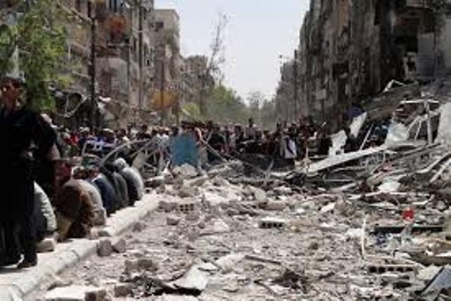 الاستعدادات تجري الآن في حي الحجر الأسود وبعض أجزاء مخيم اليرموك تمهيداً لإخراج مسلحي تنظيم