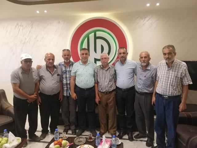 وفد فلسطيني مشترك يلتقي عدد من القيادات السياسية والروحية في منطقة صور