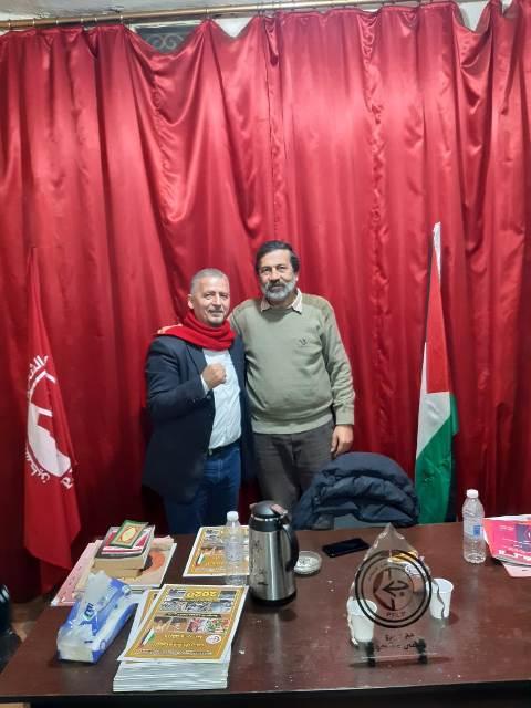 المناضل أنور ياسين يزور الجبهة الشعبية في شاتيلا