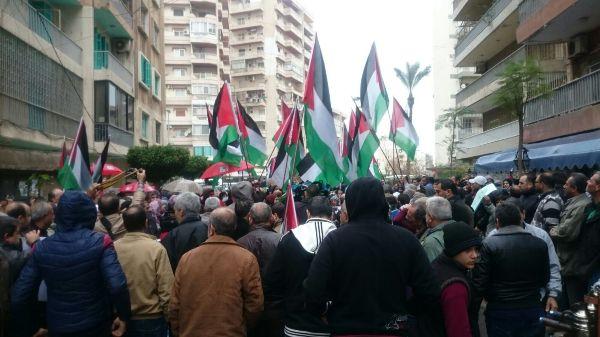 """وجه جديد من وجوه العذاب الفلسطيني: مخيمات لبنان تنتفض غضباً بوجه """"الأونروا""""!"""