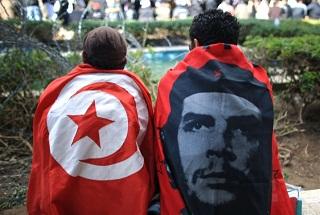 من أجل إقصاء الحاكم وتغيير النظام في العالم العربي