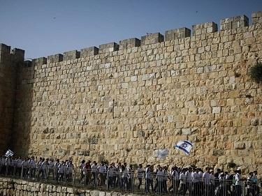 منظمة التحرير الفلسطينية تحذر من تجدد المواجهات في القدس