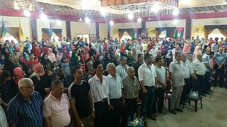 المكتب الطلابي لحركة فتح يحتفل بالطلاب الناجحين في الشهادات الرسمية في نهر البارد