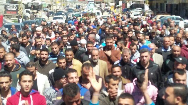 مسيرة شعبية غاضبة في مخيم نهر البارد