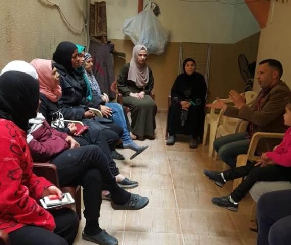 لجان المرأة الشعبية تقيم ندوة صحية في مخيم البداوي