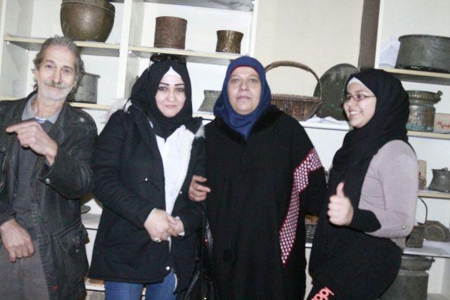 منظمة الشبية ولجان المرأة الشعبية الفلسطينية تزوران معرض مركزمجدو