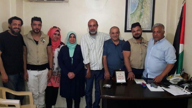 جمعية الصداقة الفلسطينية الإيرانية في لبنان تكرم مدير جمعية الشفاء