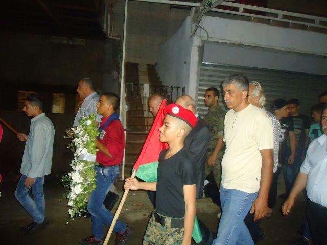 الشعبية في بيروت تضع أكاليل الزهور على أضرحة الشهداء