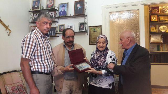 الشعبية في بيروت تزور عائلة الشهيد أبو ماهر اليماني