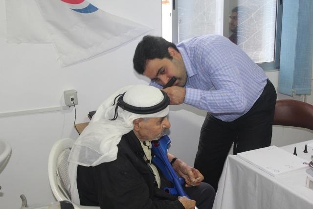 يوم صحي مجاني في عيادات جمعية الهلال الأحمر الفلسطيني في مخيم البرج الشمالي