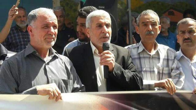 وقفة تضامنية للفصائل الفلسطينية واللجان الشعبية في مخيم البرج الشمالي رفضًا لسياسة التطبيع مع الكيان الصهيوني