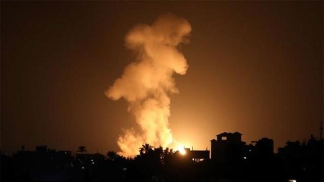 مضادات المقاومة تتصدى لغارات الاحتلال على غزة