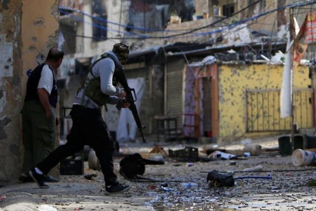 هل يُحرَر الفلسطينيون من المخيم؟! المية ومية: الساخن على طريقة نهر البارد