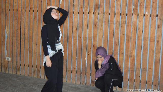 فلسطينيات مخيم برج البراجنة على المسرح