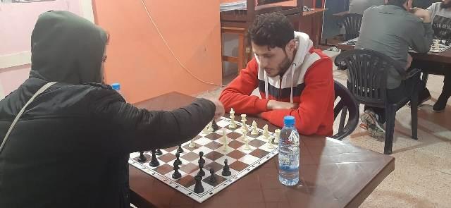 منظمة الشبيبة الفلسطينية أقامت دورة شطرنج في مركز الشباب الفلسطيني