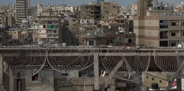 المُخيم في لبنان: جبل من الأزمات، لكن تهزه الريح