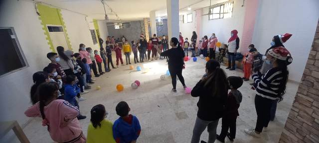 منظمة الشبيبة الفلسطينية تقيم نشاطا ترفيهيا للأطفال في شاتيلا