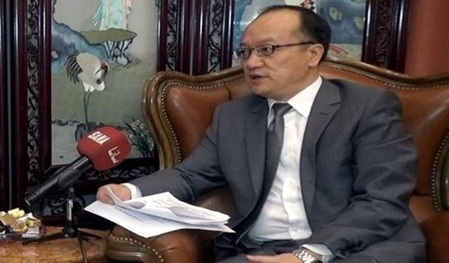 السفير الصيني يستقبل وفدًا من الجبهة الشعبية
