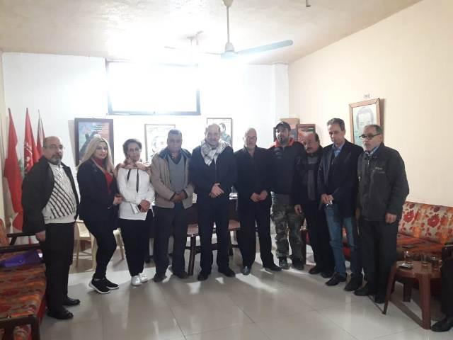 وفد من الديمقراطية زار مكتب الشعبية في مخيم عين الحلوة