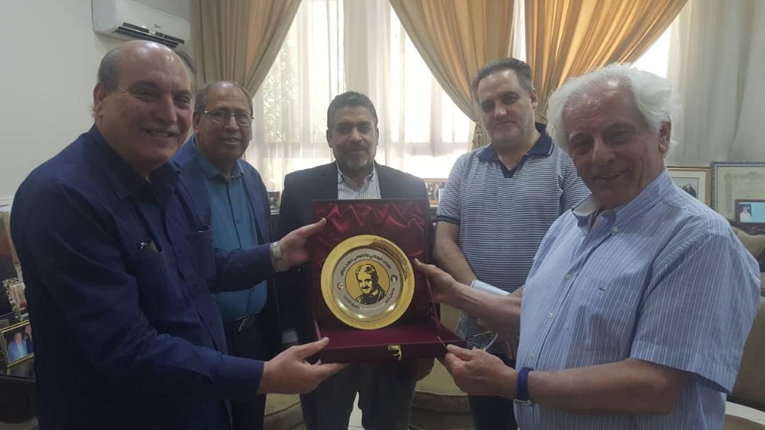 وفد من الجبهة الشعبية لتحرير فلسطين يلتقي الدكتور محسن بلال عضوالقيادة المركزية لحزب البعث العربي الاشتراكي رئيس مكتب التعليم العالي