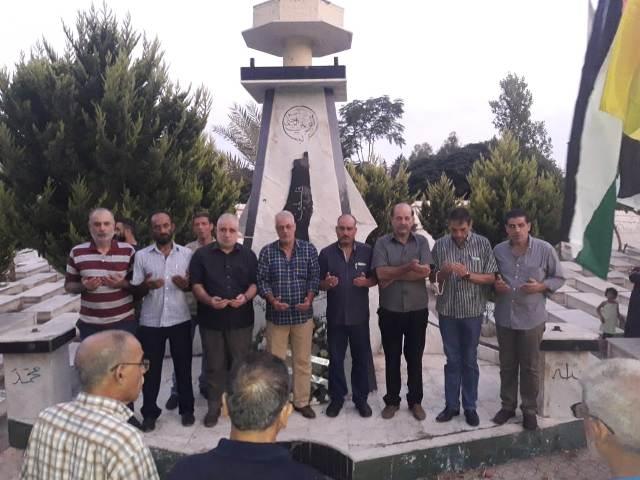 الشعبية في صيدا تشارك في وضع أكاليل من الزهور على النصب التذكارية للشهداء