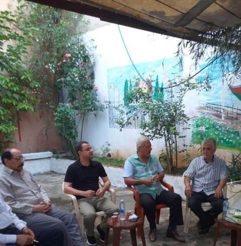 وفد من لجنة حي حطين الاجتماعية يزور مكتب الجبهة الشعبية في مخيم عين الحلوة