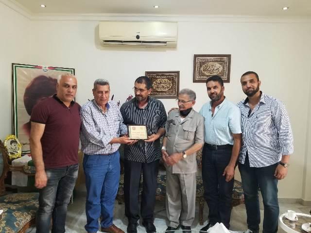 لجنة الأسرى والمحررين للجبهة الشعبية لتحرير فلسطين في لبنان تكرم عائلة الشهيدة دلال المغربي
