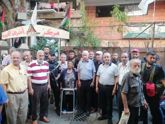 وفد قيادي من الجبهة الشعبية لتحرير فلسطين من غزة يجول في مخيمات بيروت