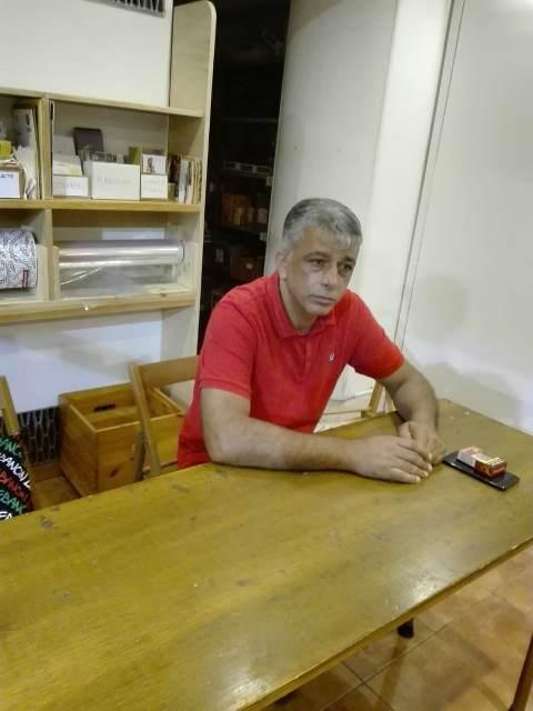 اجتماع في مقر جمعية السلام لأطفال الزيتون في مدينة تريستي الإيطالية