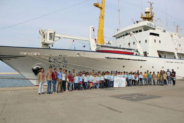 كشافة الشباب الوطني يزور مرفأ طرابلس ويتعرف على سفينة