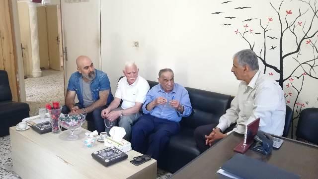 غنومي يلتقي المناضل أبو خالد علي أمين سر اللجنة الشعبية لمخيم البداوي