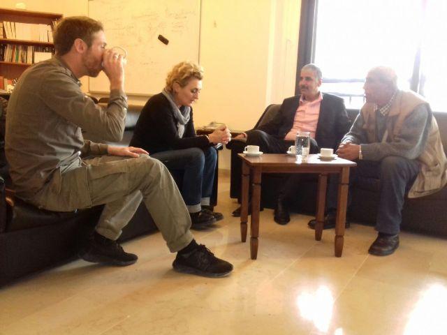 اللجان الشعبية تلتقي الصليب الأحمر الدولي في طرابلس .