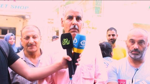 اللجان الشعبية تشارك أهالي وتلاميذ مدارس اللغة الفرنسية اعتصامهم في مدينة طرابلس