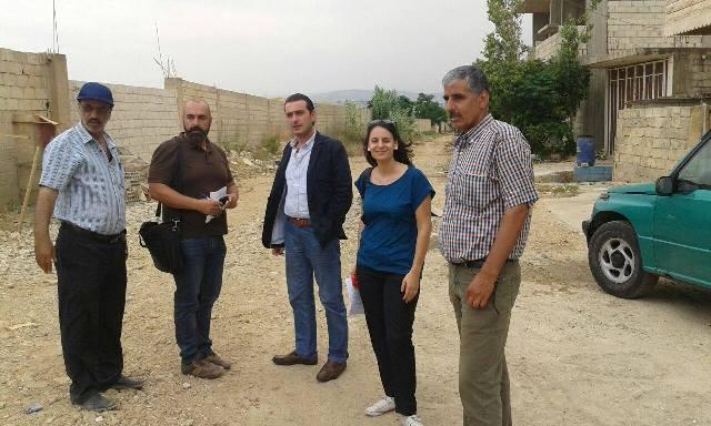 استمرار التحضيرات للبدء في تنفيذ مشروع الصرف الصحي ومشروع تصريف مياه الأمطار في منطقة الكورنيش في مخيم نهر البارد .