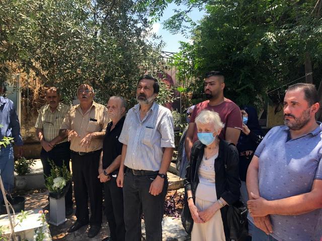 الشعبية في بيروت تزور ضريح الشهيد المناضل الأديب غسان كنفاني