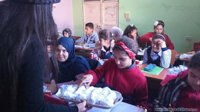 وجبات ساخنة لأطفال مخيم عين الحلوة