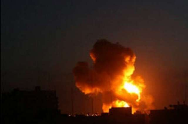 سلسلة غارات صهيونية عنيفة على أراضٍ زراعية شرق مدينة غزة