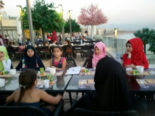 لجان المرأة الشعبية تقيم إفطارًا رمضانيًّا