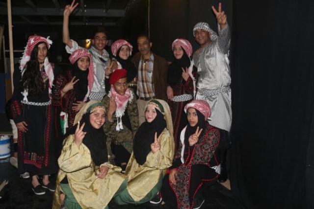 مهرجان لمناسبة يوم الأرض على مسرح دوار الشمس