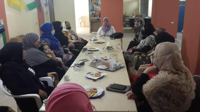 لجان المرأة الشعبية الفلسطينية في منطقة صيدا تقيم ندوة صحية تربوية في وادي الزينة