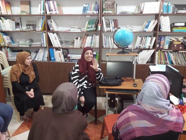 لجان المرأة الشعبيةفي مخيم عين الحلوة تقوم بسلسلة زيارات