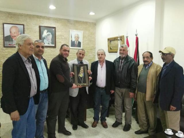وفد من الاتحاد العام لنقابات عمال فلسطين زار مستشفى الهمشري