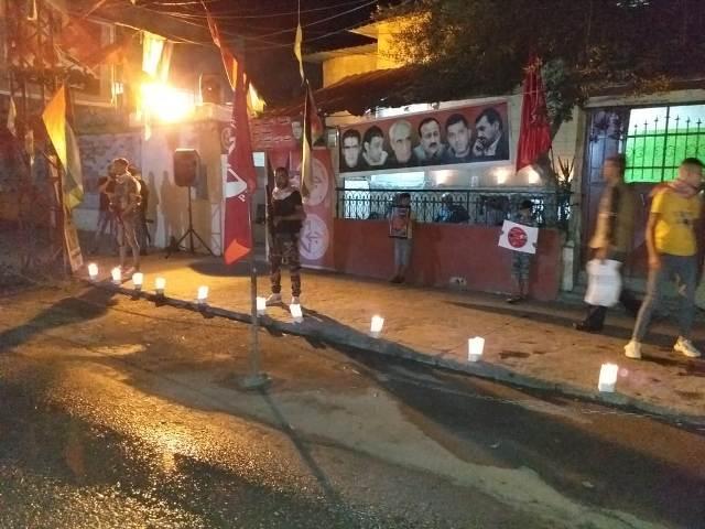 رابطة الشهيد وفيق منصور العمالية تقيم وقفة تضامنية وإضاءة شموع إسنادًا لأبطال الأمعاء الخاوية