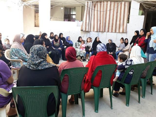 لجان المرأة الشعبية الفلسطينية في صيدا تقيم ندوة صحية في مخيم عين الحلوة